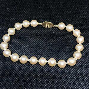 Vintage Monet Pearl Knotted Bracelet
